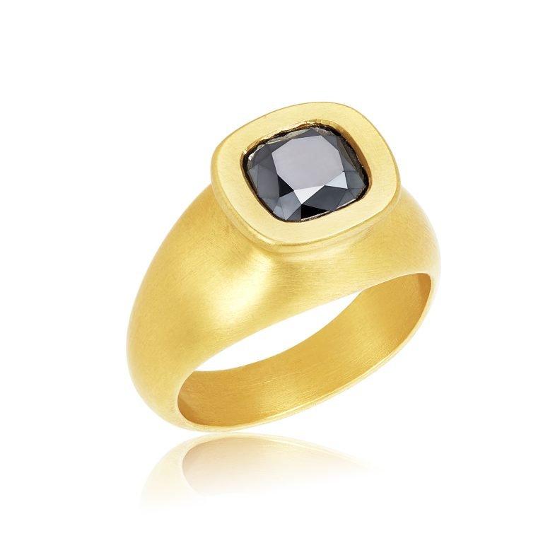22 Karat Gold Black Diamond Crown Ring