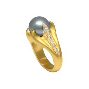 22K Gold Gray Pearl Pave Diamond Ring