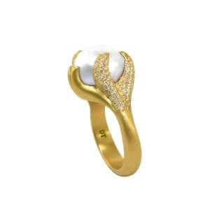 22K Gold White Pearl Pave Diamond Ring Side