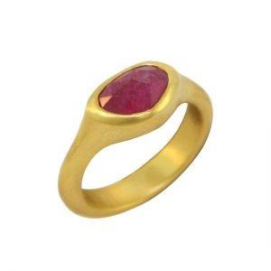 22k ruby ring large angle