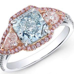 18 Karat Gold Fancy Blue and Pink Diamond Ring
