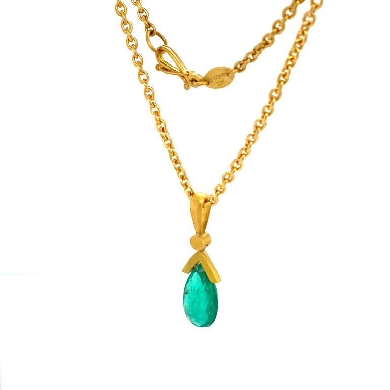 22 Karat Gold Emerald Necklace